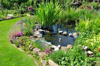 Teich Für Kleinen Garten by Kleiner Garten Mit Teich