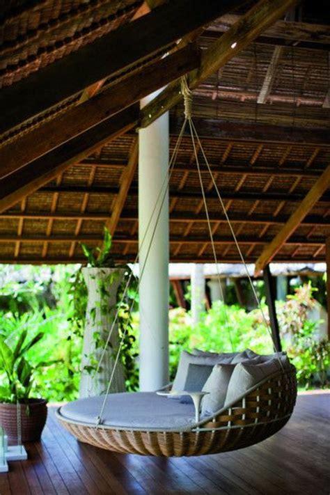 Hängematte Für Balkon by H 228 Ngematte Auf Dem Balkon Urlaub Zu Hause Archzine Net