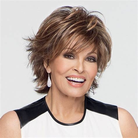 Hairstyles for women over 50 for a unique and modern