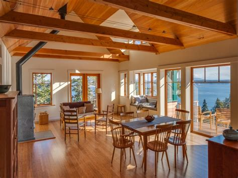 Decorating Ideas Vaulted Ceilings by Rustic Design Ideas For Living Rooms Great Room With
