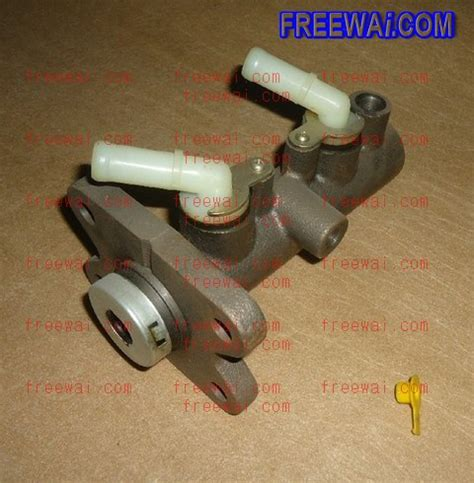 brake master cylinder  mitsubishi light truck canter mitsubishi light truck canter