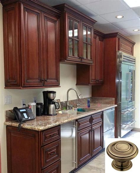 Go with either a lighter or darker stain for hardwood floors, or choose a light colored vinyl, linoleum or tile floor, which creates a contrast with the cabinetry. Dark, light, oak, maple, cherry cabinetry and barn wood ...
