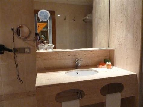 Bathroom Sink With Shelf For Toiletries Ruffle Shower Curtain Canada Autumn Leaves Christmas Fleur De Lis Curtains 75 Inch Long Retro Thanksgiving Desert