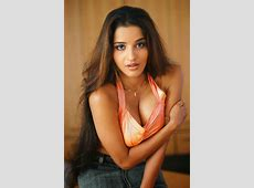 MONALISA Hot & Spicy Stills Focus Reporter