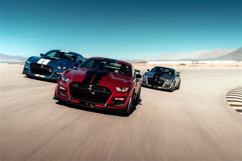 Daihatsu Hi Max Hd Picture by Ford Brings The To Detroit With New Shelby Gt500