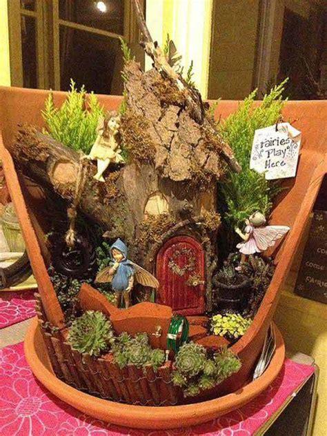 stunning ideas  build  fairy tale garden   broken pot
