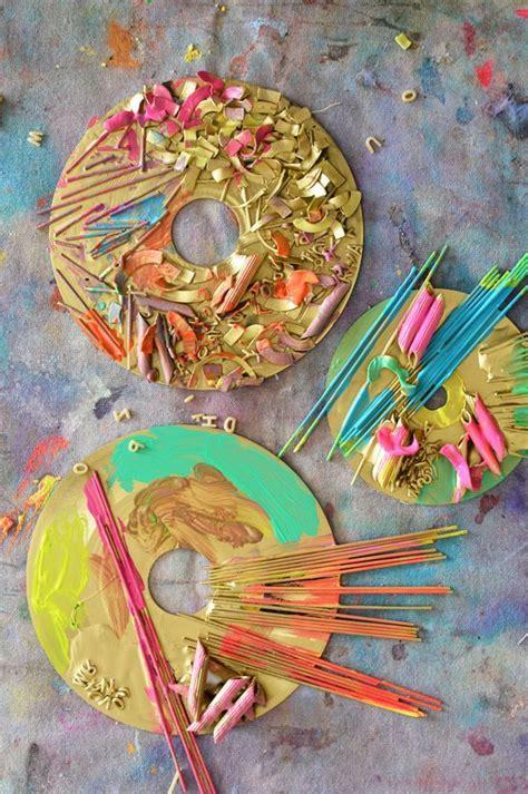 pasta sculptures art projects  preschoolers pasta art