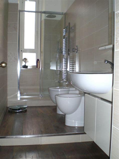 bello il gradino  bagno bagno arredo