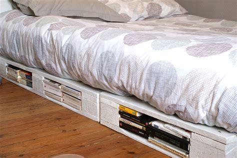 canapé lit en palette un cadre de lit 224 base de palettes mademoiselle je sais tout