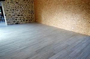 carrelage imitation parquet decoration maison mongodin With parquet imitation pierre