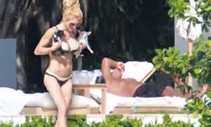 alex rodriquezs girlfriend torrie wilson   bikini