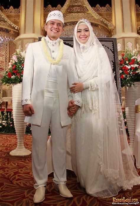 pintar pakai jilbab inspirasi baju pengantin muslim