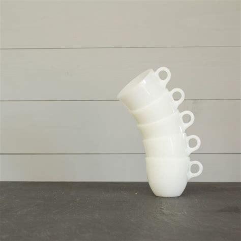 Paul en la zona de ciudades gemelas/st. Fire King St. Denis Cups - White Coffee Cup - Vintage Coffee Mug - Breakfast Set of 5 Set ...
