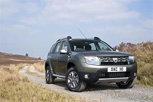 Dacia Duster 2015 : 2015 dacia duster facelift for uk market unveiled youtube ~ Medecine-chirurgie-esthetiques.com Avis de Voitures