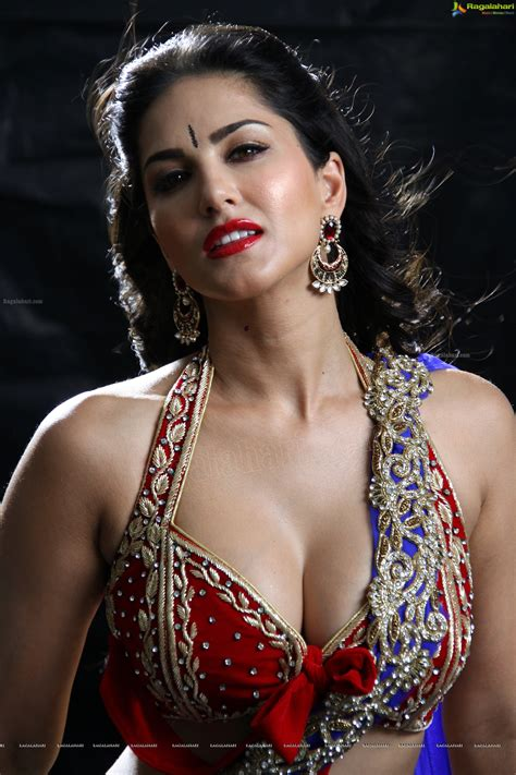 Sunny Leone Latest Spicy Photos Page 1 Spicy Photos