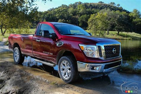 nissan earns  truck awards   heart  america