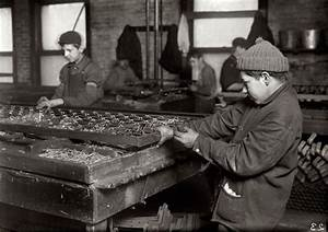 CHILD LABOR HORROR STORIES - EARLY 1900'S PICTURES - BED ...