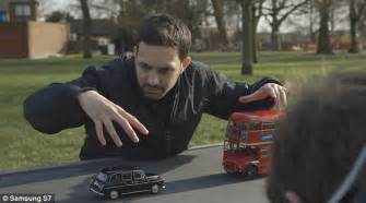 Magician Dynamo Shows How You Can 'levitate' In Thin Air