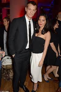 Olivia Munn 39split From Boyfriend Of Two Years Joel