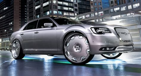 Chrysler 300 Wears 26-inch Wheels With