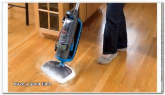 vacuum cleaners for hardwood floors flooring interior design ideas eoxyjgelze