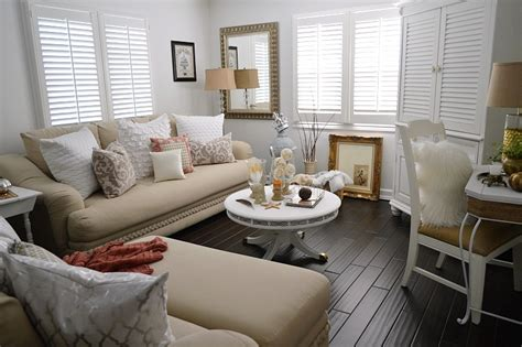 cozy home interior design cottage style home decor get the look home decorating