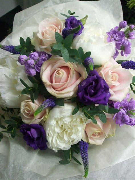 wedding flowers kibworth queens  queens florist