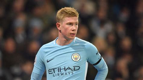 Kevin De Bruyne commits to Manchester City with new five ...