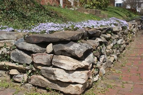 building retaining walls in 16 easy steps