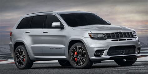 jeep grand cherokee srt white 2017 we now know what the hellcat powered jeep grand cherokee