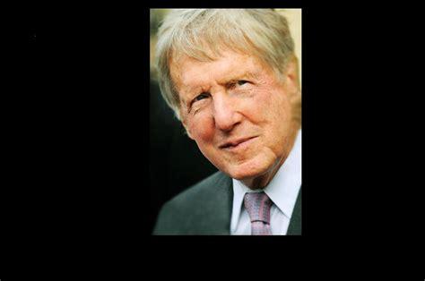 chairman  ceo  mt bank robert wilmers died