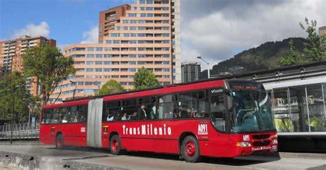 Bogotá Transmilenio Sube A 2000 Pesos Su Pasaje