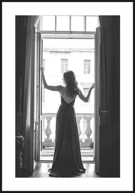 Thriller psychologiczny kobieta w oknie joe wrighta zdominowała zimna i zdystansowała narracja. Kobieta w oknie - plakat Fotobloki & decor