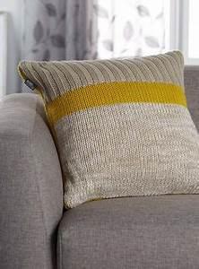 Housse De Coussin 55x55 : comment tricoter housse coussin tricot pinterest comment tricoter housse coussin et tricoter ~ Teatrodelosmanantiales.com Idées de Décoration