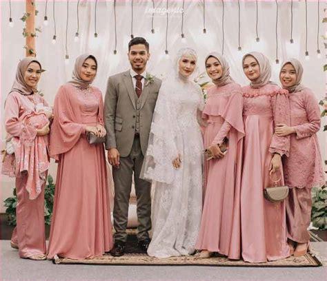 Beli baju muslim wanita ragam model terbaru di istyle.id. 30+ Model Kebaya Terbaru (MODERN, BROKAT, KOMBINASI)
