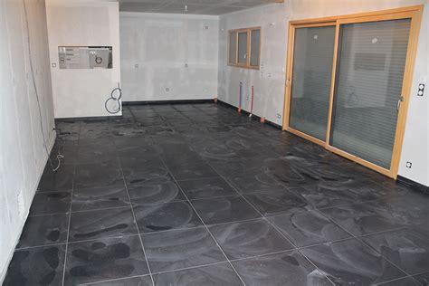 carrelage gris brillant ou mat