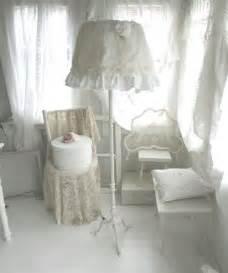 Shabby Chic Lampen : shabby chic stehlampe von weidenr schen auf alles in wei pinterest ~ Orissabook.com Haus und Dekorationen