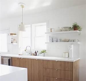 Etagere Blanche Et Bois : 1001 conseils et id es pour am nager une cuisine moderne ~ Teatrodelosmanantiales.com Idées de Décoration