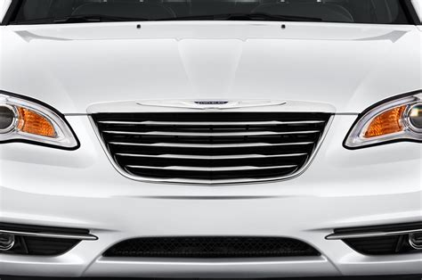 2013 Chrysler 200 Reviews And Rating