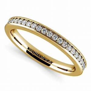Pave diamond wedding ring in yellow gold for Wedding rings with yellow diamonds