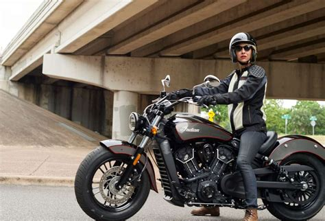 Review Indian Scout Sixty by 2018 Indian Scout Sixty Review Totalmotorcycle