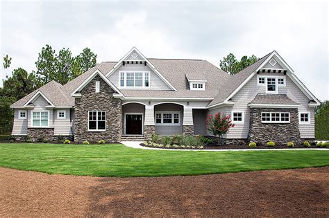 Craftsman Style House Plan 4 Beds 3 Baths 2533 Sq/Ft