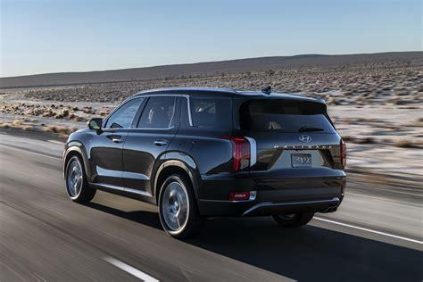 Hyundai Suv 2020 Palisade Price by 2020 Hyundai Palisade Oozes 8 Seat Crossover Luxury