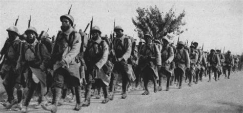 foreign soldiers built  french army war  boring