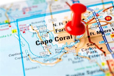 property  sale  cape coral florida usa local realty