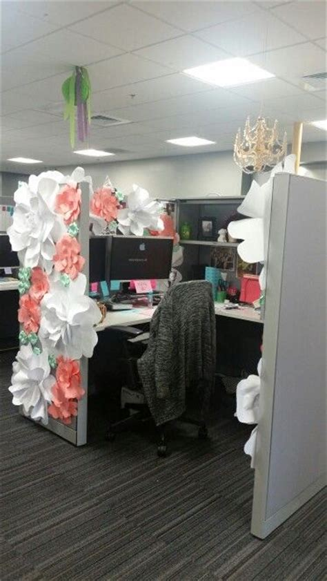 Work Cubicle Birthday Decorations by 25 Best Ideas About Office Birthday On Office