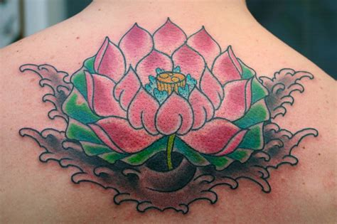 37+ Traditional Lotus Tattoos Ideas