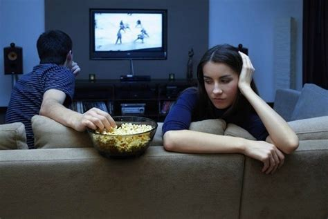 husband watches that kaduppu moment for every husband while watching india match home with his sweet heart