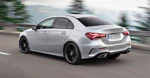 Mercedes Benz Classe S Berline : 2019 mercedes benz a class sedan is a slippery stately four door roadshow ~ Maxctalentgroup.com Avis de Voitures