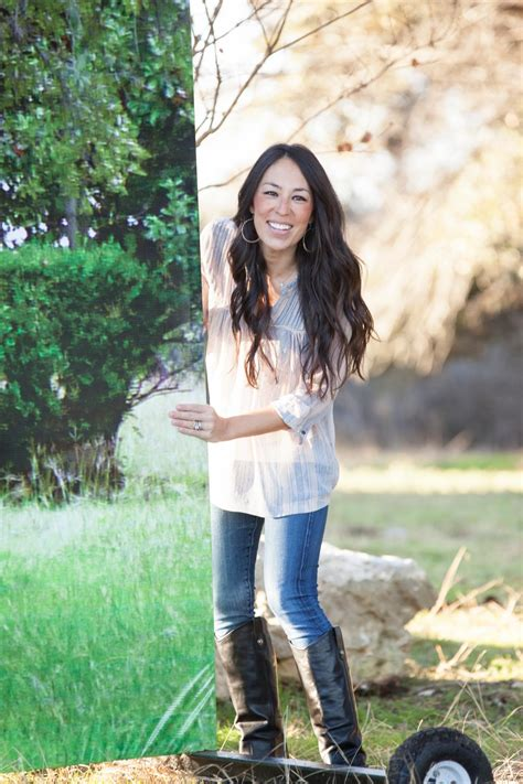 hgtvs fixer upper  chip  joanna gaines hgtv